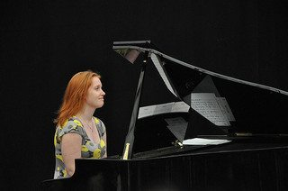 piano-playing-34
