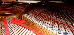 used-yamaha-piano